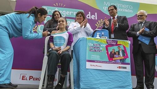 Minsa vacunará a 200 mil niñas de educación primaria contra el virus del papiloma humano