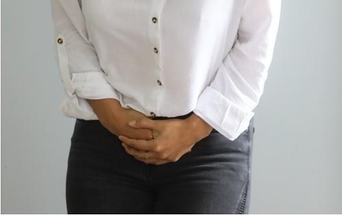 Dolores menstruales severos pueden ser causa de un trastorno grave