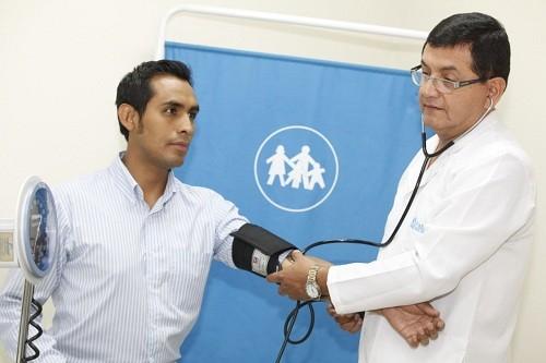 EsSalud: 25% de consultas médicas en centros de salud son por enfermedades crónicas