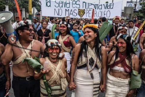Ecuador: Pueblos indígenas bloquearon una subasta de petróleo en una creciente lucha para salvar la amazonia