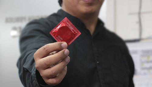 Uso del condón es el principal medio para prevenir la transmisión del VIH/SIDA
