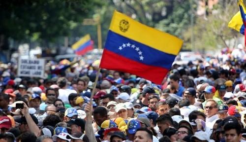Venezuela: La oposición sale a protestar a las calles para revivir el esfuerzo estancado para derrocar a Maduro