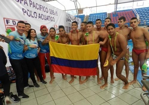 Los campeones de la Copa Pacífico De Waterpolo Sub 15 Lima 2019