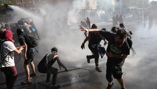 Chile anuncia plan de recuperación económica de $ 5,5 mil millones mientras las protestas continúan