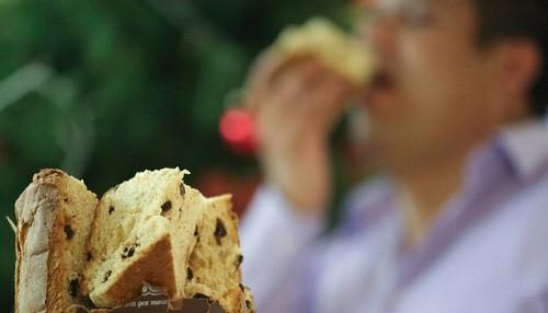 Recomiendan a pacientes con hipertensión comer y beber con moderación durante las fiestas de fin de año