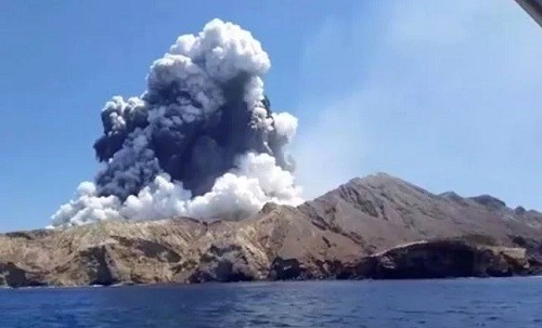 Nueva Zelanda: sexta muerte confirmada en la erupción del volcán