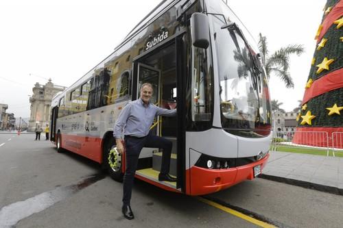 Primer bus eléctrico empezará a operar en el corredor rojo
