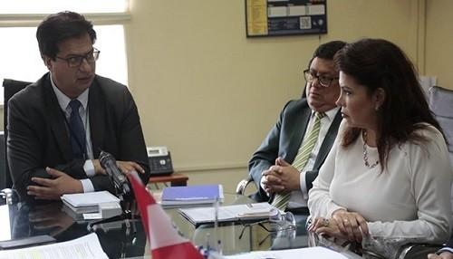 Ministerio de Salud coordina con Migraciones refuerzo de vigilancia contra el coronavirus