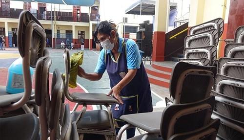 Minedu intensifica trabajos de limpieza y desinfección en colegios de Lima Metropolitana