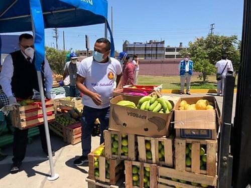 Comerciantes mayoristas entregan donaciones al Colegio Médico Del Perú, PNP y Comedores Populares