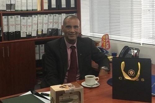 Gobierno vacuo, el Perú paralizado