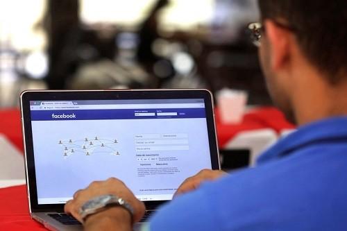 Descarga libremente el material académico del curso 'Facebook: Marketing Para Negocios'