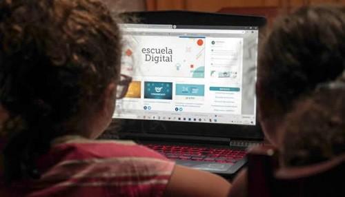 Minedu aprueba reglamento del decreto legislativo que garantiza la protección de los usuarios y la continuidad del servicio educativo no presencial