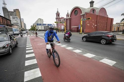 Municipalidad de Lima culminó trabajos de implementación de 4.4 km de ciclovías temporales