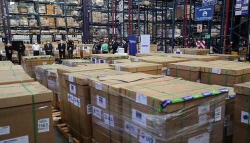 Gobierno recibe 90 ventiladores mecánicos donados por la Confiep para pacientes Covid-19 en estado crítico