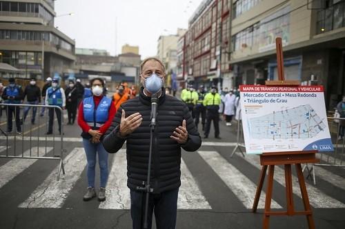 Alcalde de Lima supervisó control de espacios públicos ante apertura de conglomerados comerciales