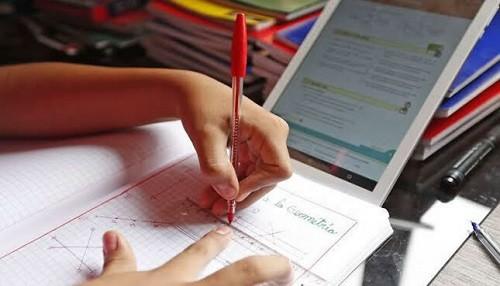 Ministerio de Educación completa la adquisición de más de un millón cincuenta mil tabletas