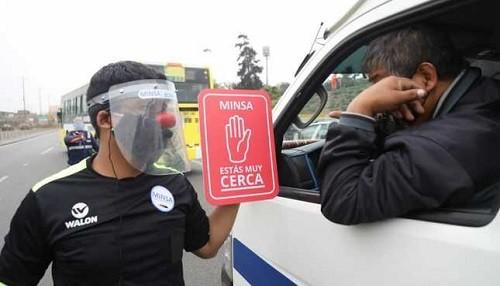 Minsa y ATU verifican el uso correcto de mascarillas y protectores faciales en el transporte público
