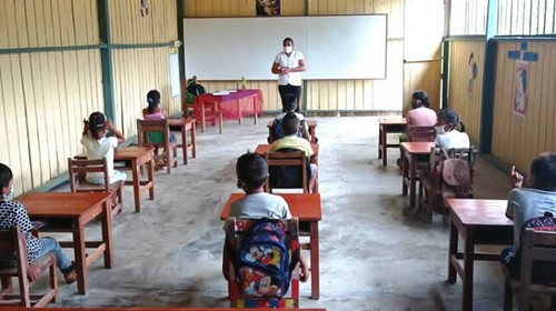 Más de 16 mil estudiantes de zonas rurales reciben clases semipresenciales