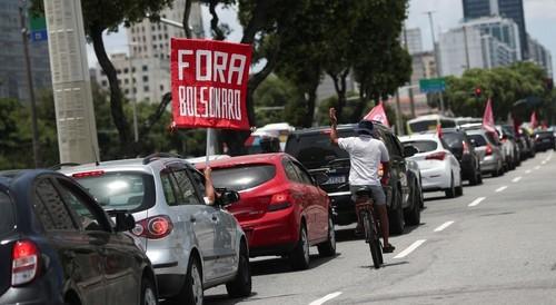 Miles manifiestan en varias ciudades de Brasil contra el manejo de la pandemia y el retraso en la vacunación