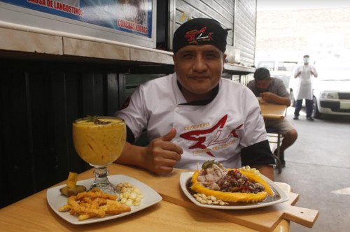 Eli López Tuya y su 'Tiburón del pescado'