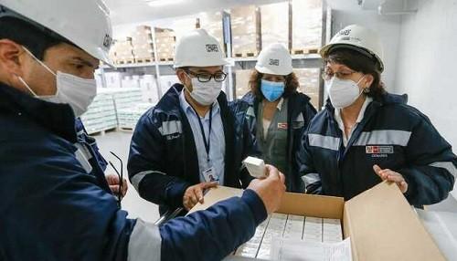 Minsa distribuyó vacunas en primeros establecimientos de Lima y Callao donde se vacunará a profesionales de la salud contra la COVID-19