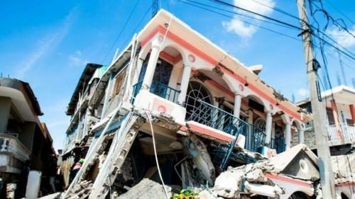 El número de víctimas a causa del terremoto se eleva en Haití: a 1300
