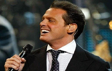 Televidentes no pudieron ver a Luis Miguel en Festival de Via del Mar