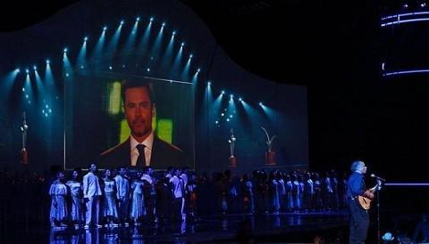 Vea el homenaje a Felipe Camiroaga en Viña del Mar (Video)