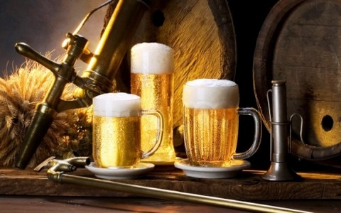 Consumo excesivo de alcohol puede provocar retención urinaria