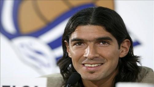 Sebastián Abreu: 'Rodilla de Lugano seguirá en la espalda de Guerrero'