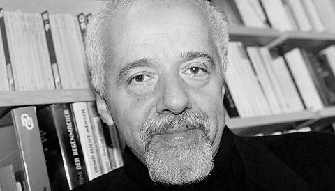 Paulo Coelho contra la ley SOPA