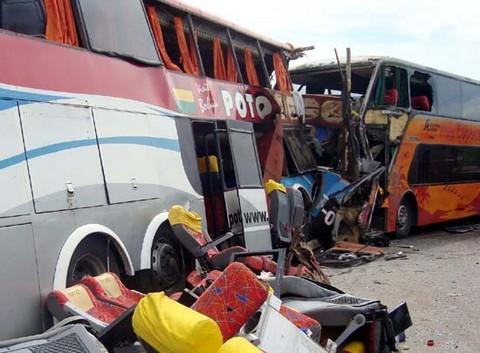 Seis muertos y 18 heridos deja accidente de tránsito en Huaral
