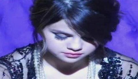 Selena Gómez revela nombre de su hermana que no nació 'Scarlett'