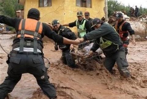 Fuertes lluvias causan estragos en Ayacucho