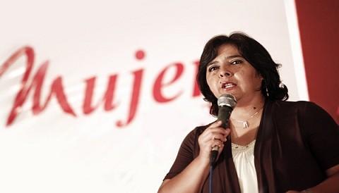 Ministra de la Mujer expresa saludo por el Día de la Trabajadora del Hogar