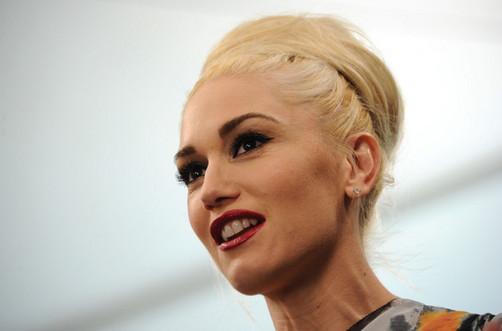 Gwen Stefani celebra Halloween como toda una princesa
