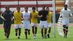 Universitario de Deportes presenta su equipo versión 2012 en la 'Noche Crema'