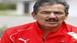 Jorge Luis Pinto admirado por juego de Perú