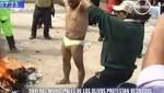 Obrero protesta desnudo exigiendo un aumento de sueldo