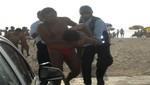 Serenos de Barranco y PNP rescatan del mar a cuatro bañistas en playas 'Sombrillas' y 'Los Yuyos'