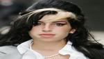 Un cartel con la foto Amy Winehouse crea polémica