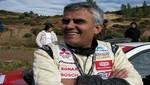 Roberto Pardo estrena auto nuevo en Ayacucho