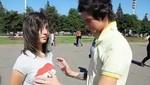 Conoce al joven ruso que le tocó los senos a mil mujeres (video)
