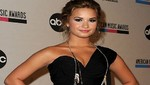 Demi Lovato: 'Nada romántico está sucediendo con Joe Jonas'