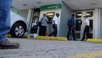Delincuentes desatan balacera tras asaltar un banco en Ate