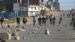Puno: Desalojan a protestantes que bloqueaban vía Desaguadero