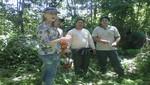 Astrid Gutsche esposa de Gastón Acurio visita la Reserva Nacional Tambopata