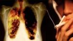 Unos 10 mil peruanos mueren cada año por enfermedades causadas por humo del cigarro