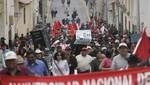 Espinar: enfrentamientos con pobladores  deja 40 policías heridos